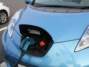 電気自動車は、CO2を排出しない?